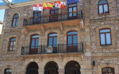 Protocolo de banderas y mástiles oficiales en España.